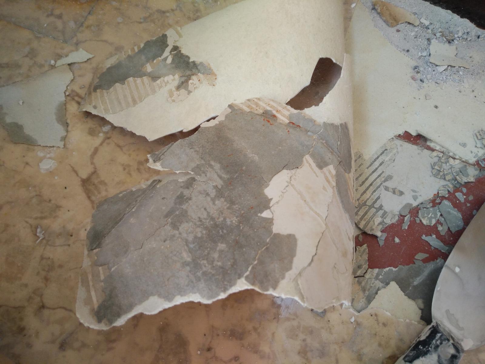 Amiante Dans Platre Ciment Pour Lino  ~ Enlever Colle Lino Sur Escalier Bois