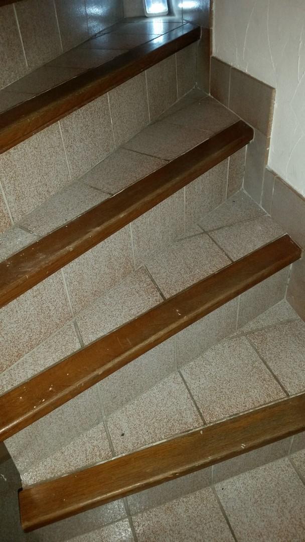 conseil r novation d 39 un escalier. Black Bedroom Furniture Sets. Home Design Ideas