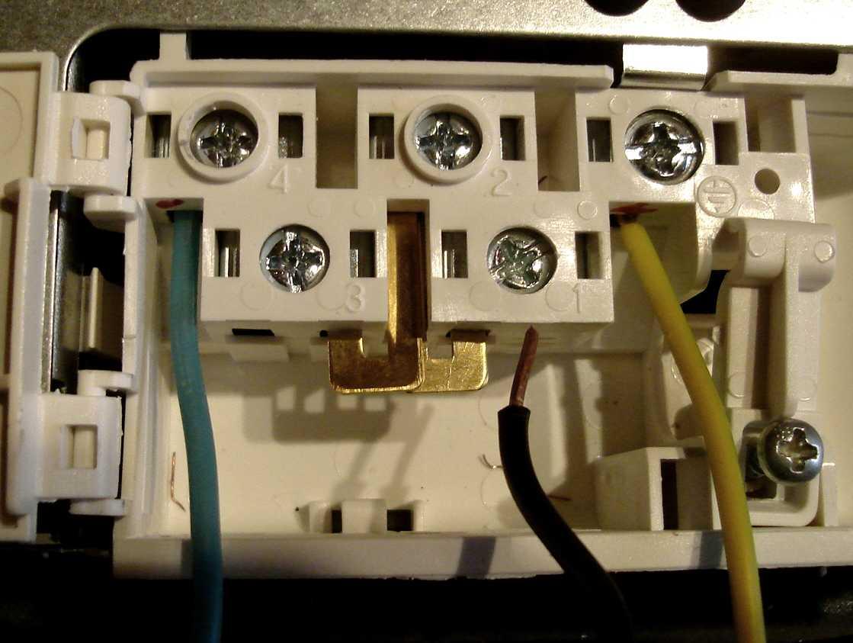 Table De Cuisson Gaz Et Electricite raccordement électrique plaque vitrocéramique whirlpool