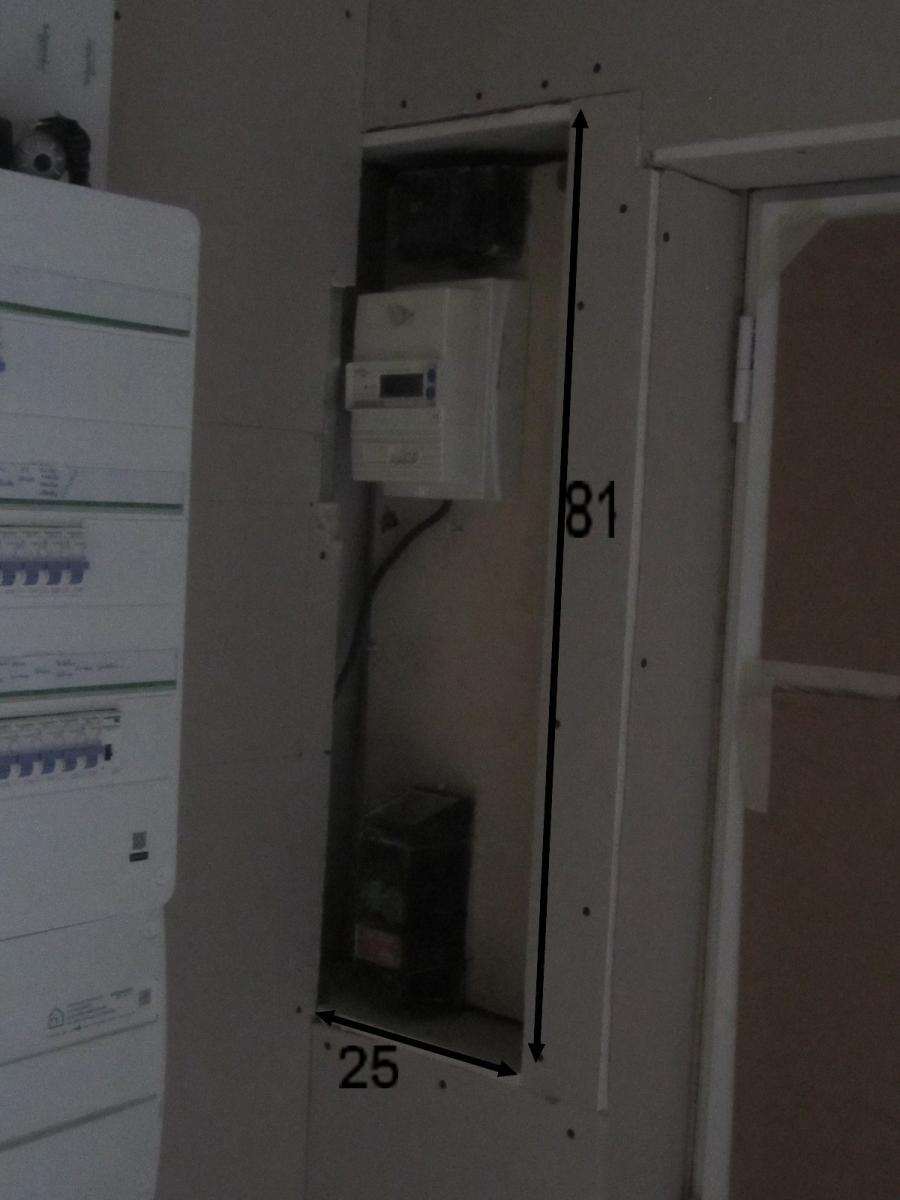 Armoire Pour Cacher Tableau Electrique réaliser un coffrage en bois pour cacher compteur électrique