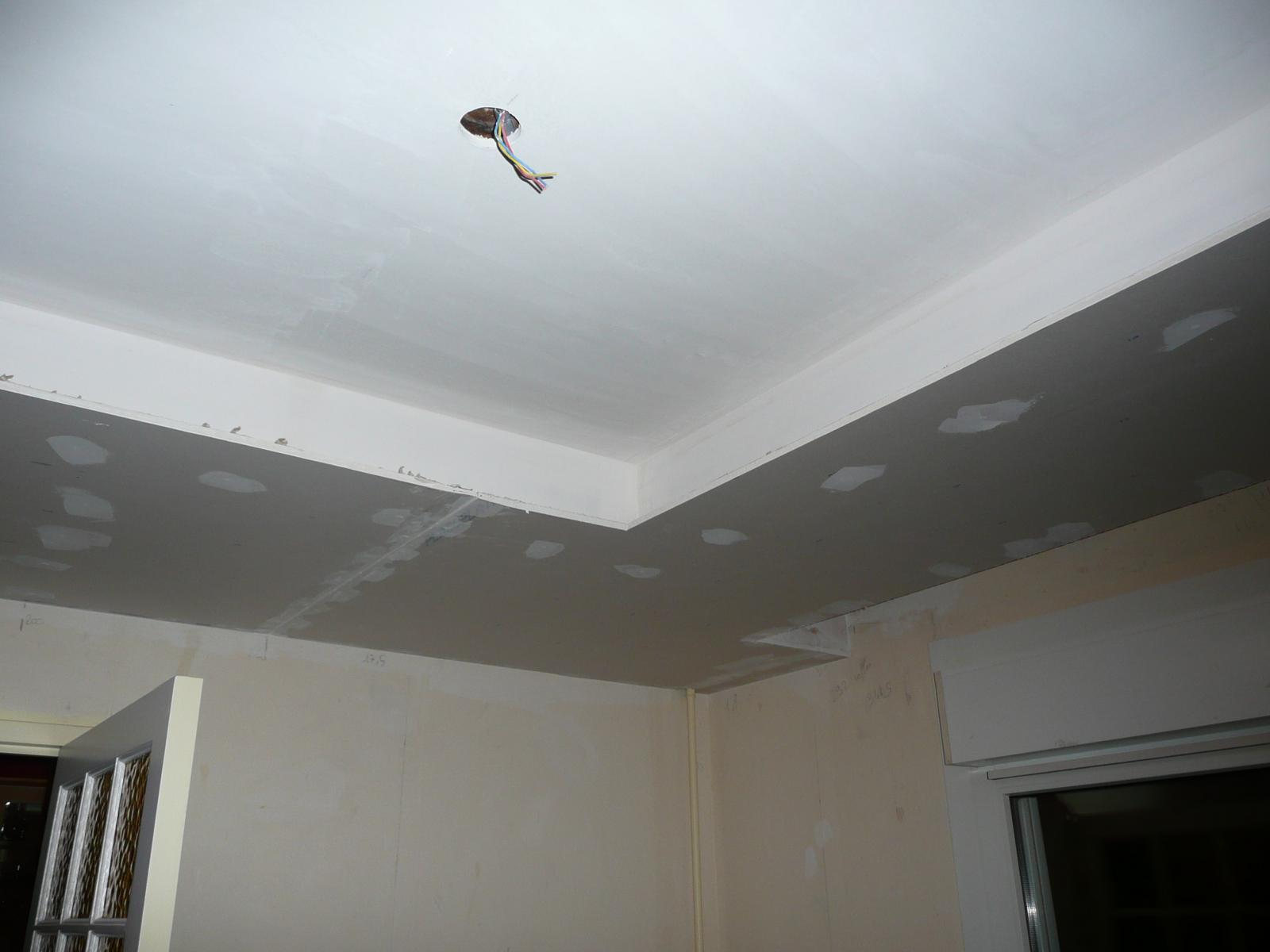 r alisation coffre avec spots et suspension int gr s. Black Bedroom Furniture Sets. Home Design Ideas