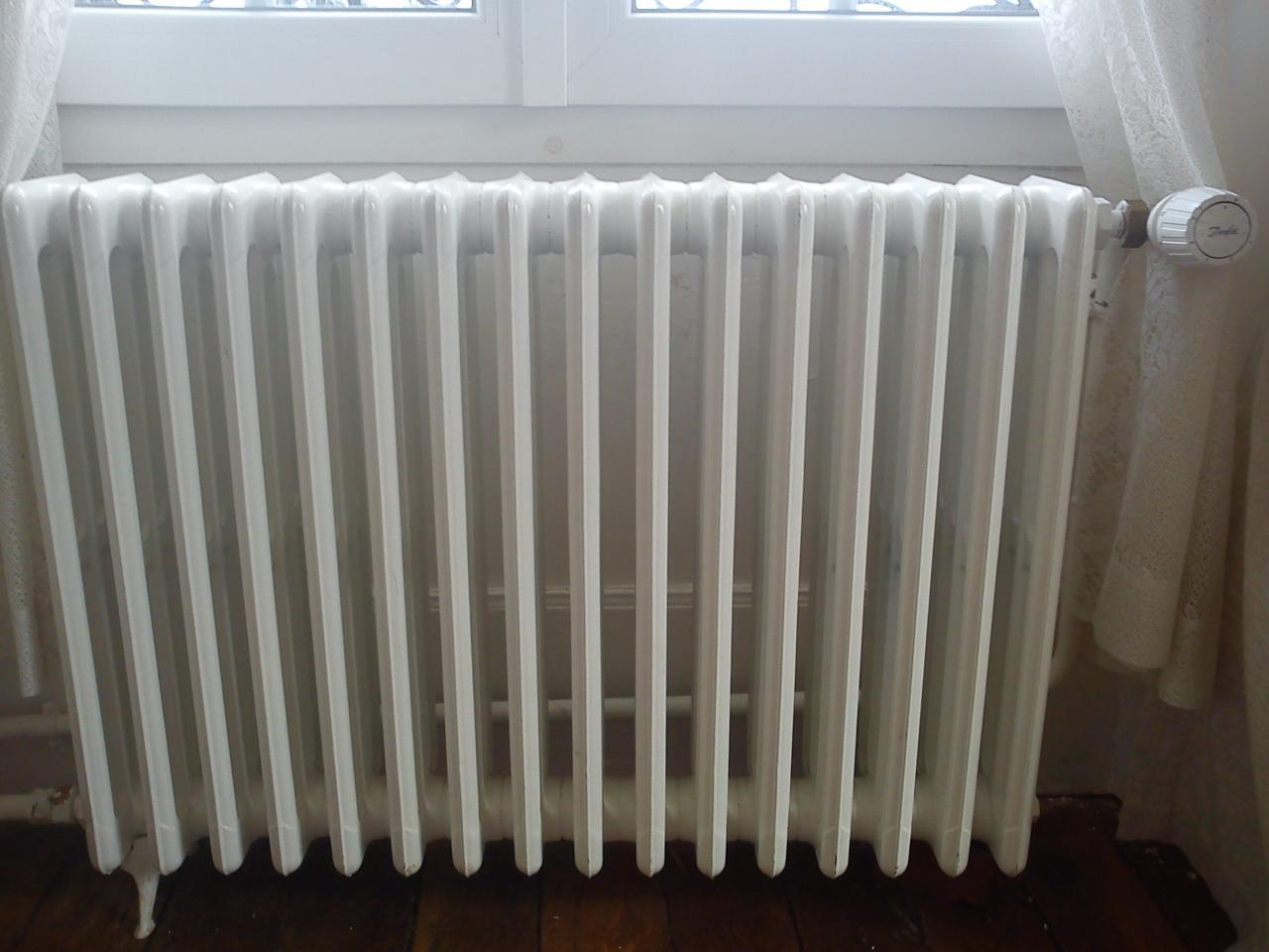 Bruit de chauffage radiateurs for Tablette au dessus d un radiateur