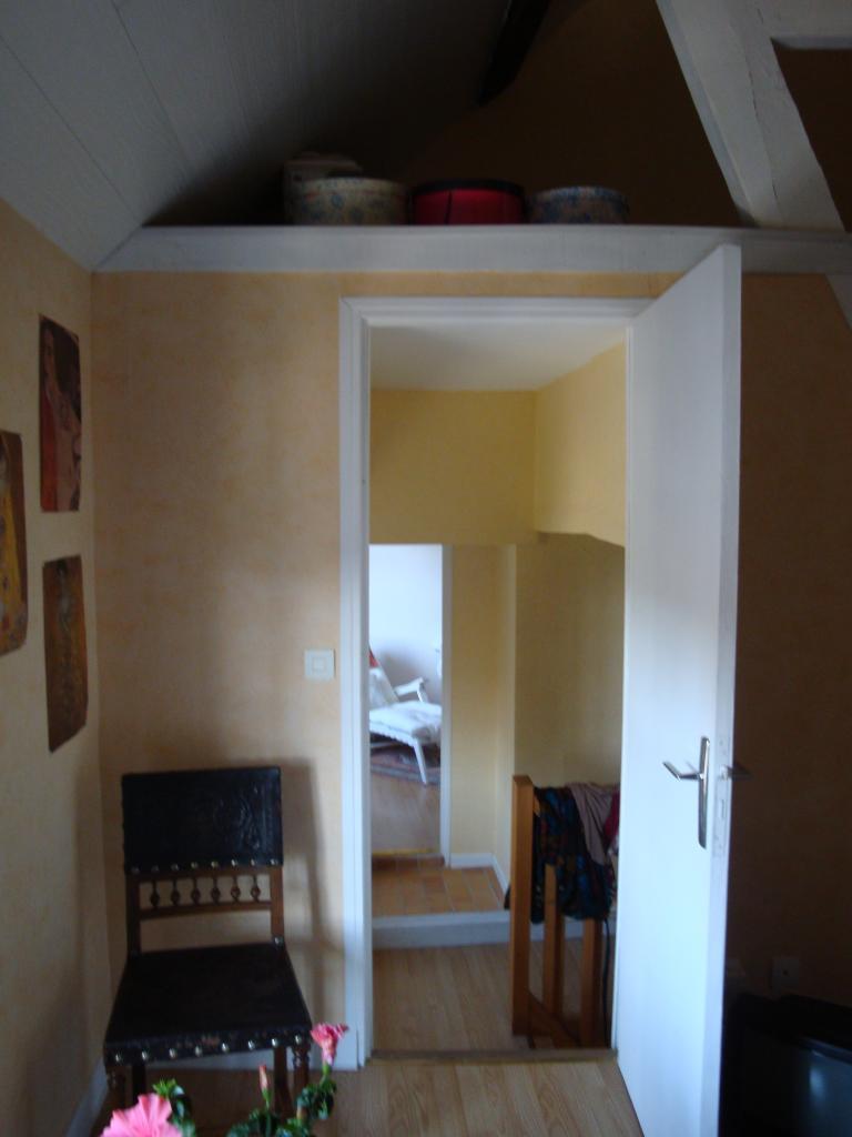 quel sol pour un couloir d 39 entr e. Black Bedroom Furniture Sets. Home Design Ideas