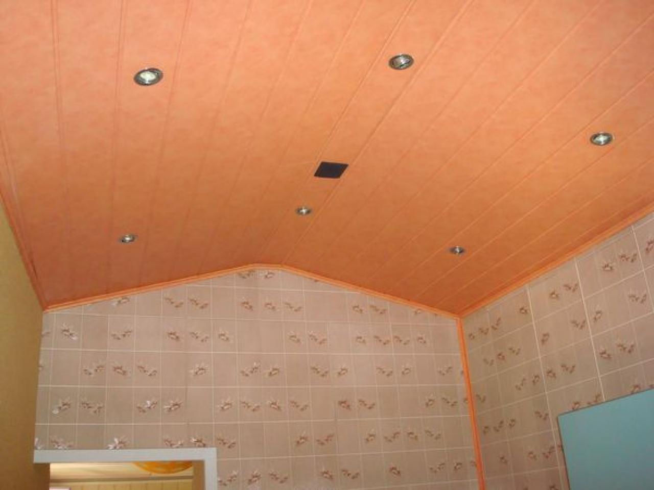 Avis sur ossature pour lambris pvc au plafond for Moulure plafond salle de bain