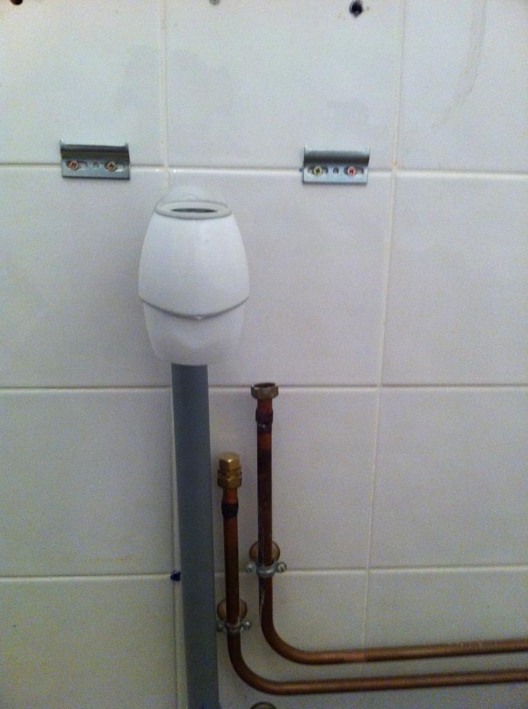 Alimentation par raccord en t for Placo pour salle de bain