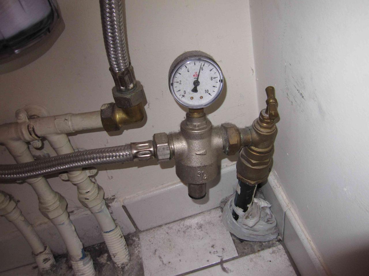 Mon r ducteur de pression d eau est il r glable - Reducteur de pression cumulus ...
