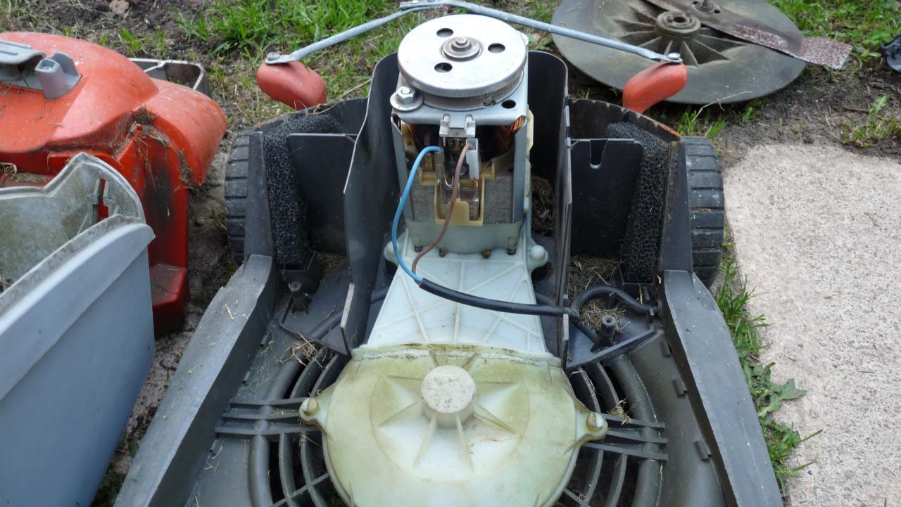 Tondeuse gazon lectrique flymo power 330 en panne - Moteur lit electrique en panne ...