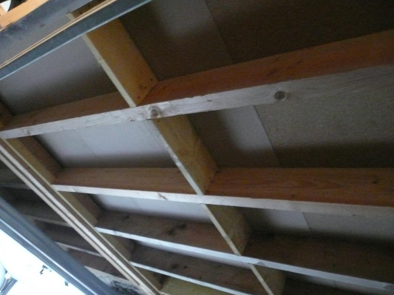 projet de plancher pour rangement dans garage. Black Bedroom Furniture Sets. Home Design Ideas