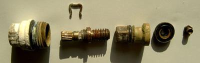 Etape 4 : Changement Des Joints Si Nécessaire Et Graissage Des Pièces