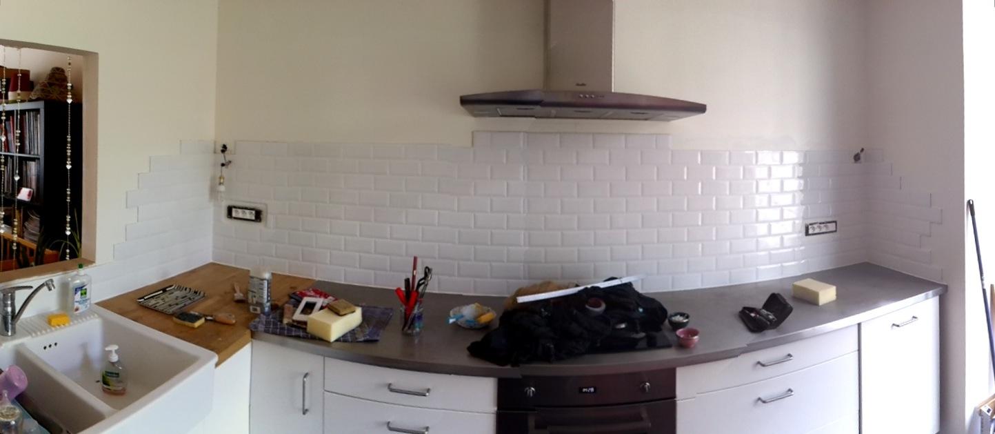 Tag res sur mur en placo for Simuler une cuisine