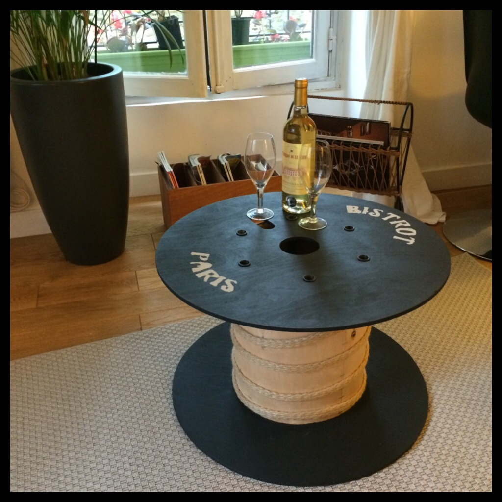 Table basse avec bobine de c ble for Table basse bobine bois