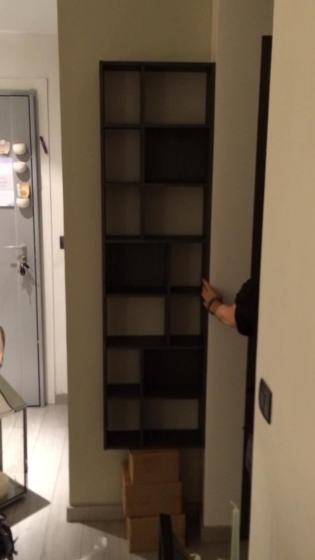 vos conseils pour fixer un meuble au mur discr tement. Black Bedroom Furniture Sets. Home Design Ideas